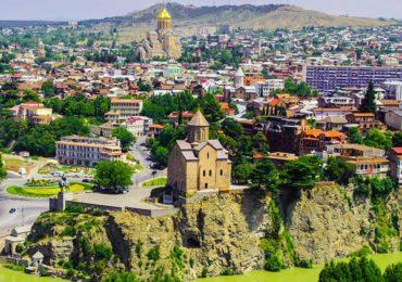Old Tbilisi Trio Apartment
