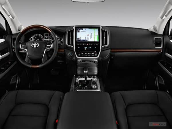 2018_toyota_land_cruiser_dashboard